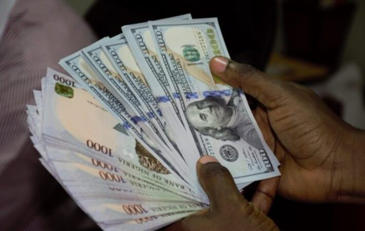 Naira Set To Hit N500 At Parallel Market After CBN Devaluation