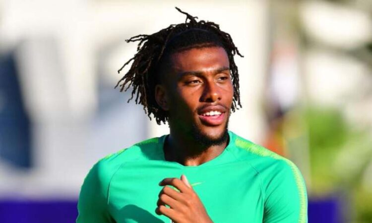 Iwobi leaves Super Eagles camp after positive Covid-19 test