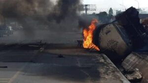 Fire guts petrol tank, stationary trucks in Lagos