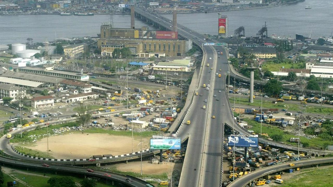 Check Out Alternative Routes as FG Shuts Down Eko Bridge