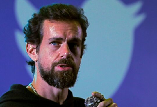 Twitter CEO defends Trump ban